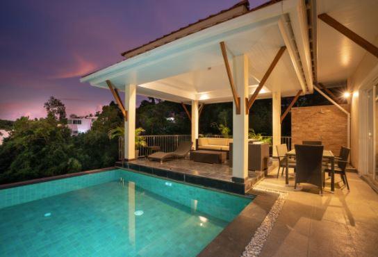 5 wskazówek dotyczących oświetlenia basenu